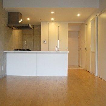 対面式のキッチンがいいですね。※写真は前回募集時のものです