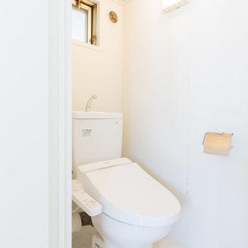 清潔な独立トイレ
