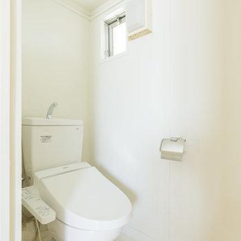 トイレは独立で清潔