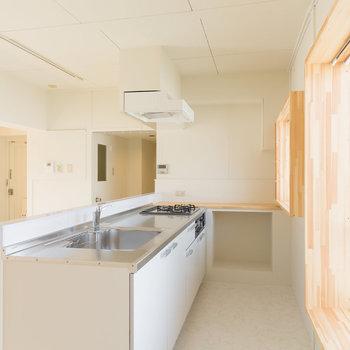 調理スペースも広い立派なキッチン