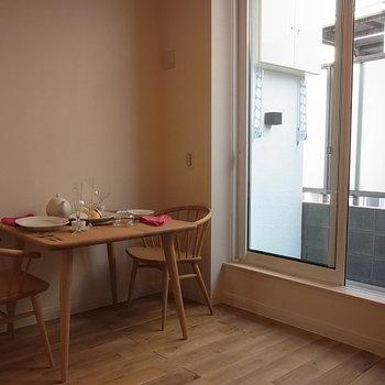 パリのアパルトマンのよう※写真は同じ間取りの別部屋です