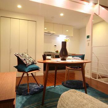お部屋のレイアウト例。いい感じ!※家具はサンプルとなります