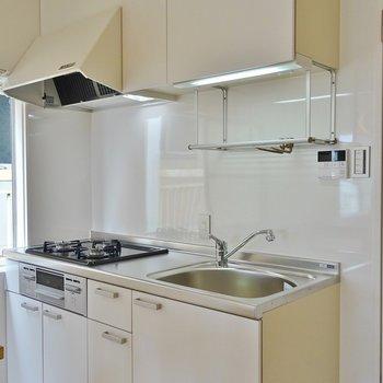 システムキッチン※写真は別室です。