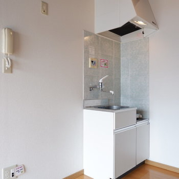 キッチン横に冷蔵庫を。※写真は前回募集時のものです
