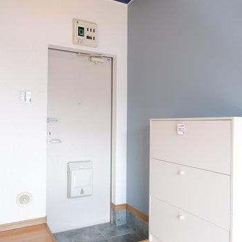 玄関からすぐお部屋です。※写真は前回募集時のものです