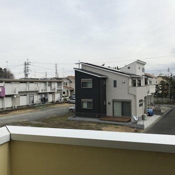 2階眺望はぬけています〜住宅街の中に。