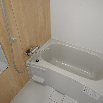 お風呂もきれいですね ※写真は前回募集時のもの