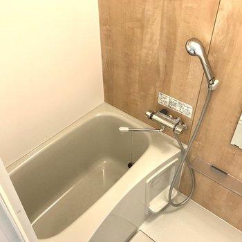 お風呂は新しくなりました!