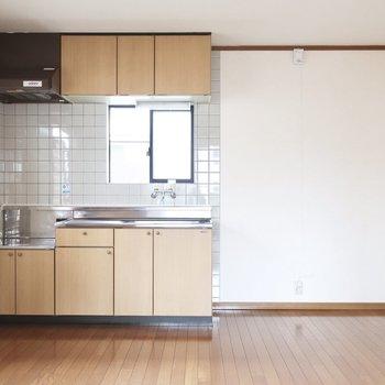 キッチンの佇まいはちょいレトロなのがいいの◎
