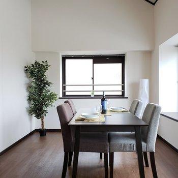観葉植物がよく似合います♪重厚感のある家具が似合いそう!(※写真はモデルルームです)