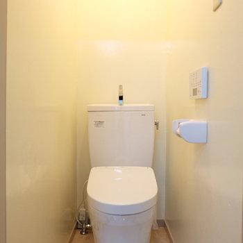 トイレは新品!個室!