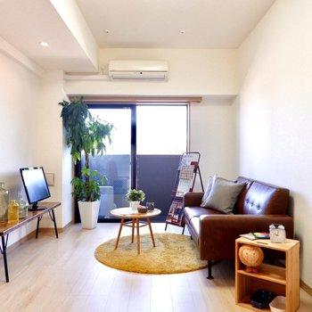 低めの家具でさらに空間をゆったりと使いましょう。