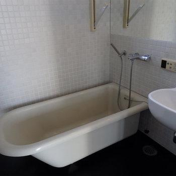 おしゃれなお風呂※写真は同間取り別部屋(7階)です