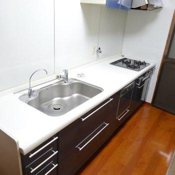 設備、新しいですね!食洗機もついてる