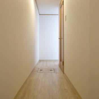 14階部分の廊下には水回り