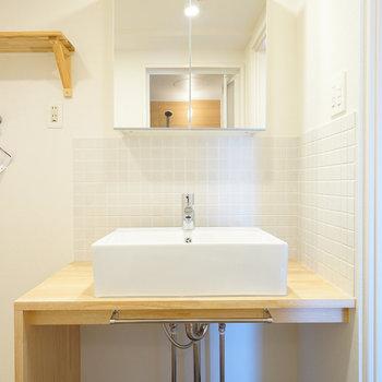 洗面台はシンプル&ナチュラル※写真はイメージです
