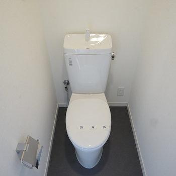 トイレは個室で新品に!※写真は前回募集時のものです