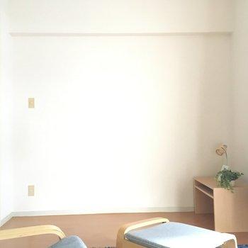洋室は寝室にして、ベットからホームシアターみたいな〜。(※写真は通電前のもので、写真の家具は見本です)