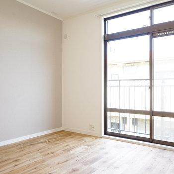 床は人気のオークを使用します!※写真はイメージです