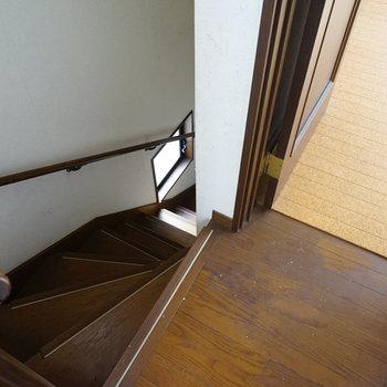 【工事前】階段