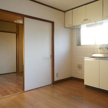 【工事前】キッチンにも窓