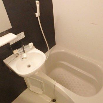 独立洗面台はありません。