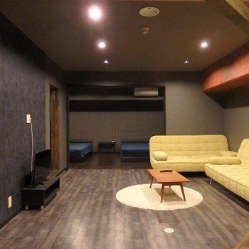 家具も家電もぜーんぶついてるなんて、楽ちん♪
