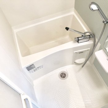 清潔感のあるお風呂場です。※ 写真は前回募集時のものです