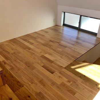 【LDK】壁際にソファが収まりそうです。