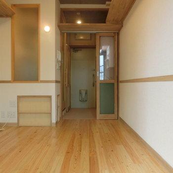 まさかの床暖房付き!※写真は8階の同間取り別部屋のものです