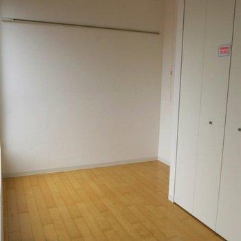 室内は結構コンパクトです。※写真は同間取りの別部屋です。