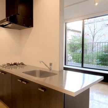 キッチン※写真は別部屋のもの