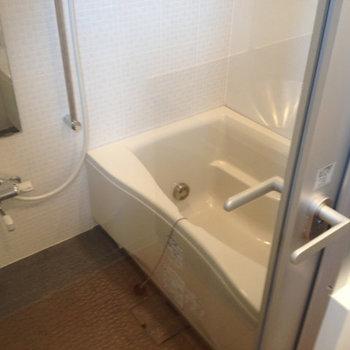 お風呂※写真は別部屋のもの