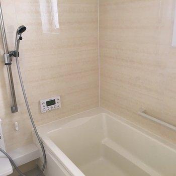 追焚+浴室乾燥がある、お風呂場