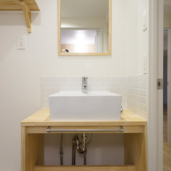 洗面台は大工さんお手製のものに♪(前回募集時の写真です)