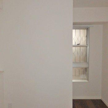洋室は少し狭め・・・?