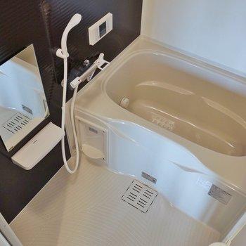 追炊きに浴室乾燥付きバスルーム※写真は前回募集時のもの