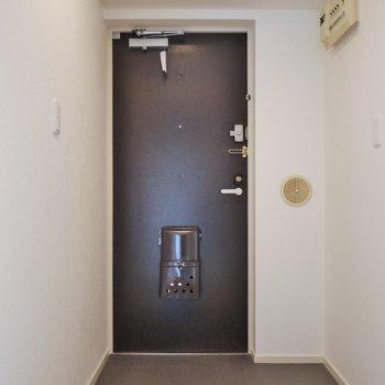ゆったりした玄関※写真は前回募集時のもの