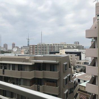遠くに福岡タワーが見えるっ!