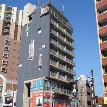 藤崎駅からすぐのデザイナーズマンション。