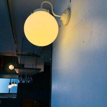 エレガントな丸い照明、というのも高ポイント