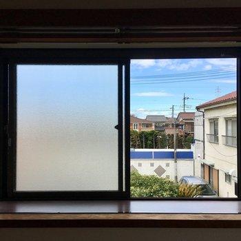 全部出窓になっているんです。植物を育てたい!