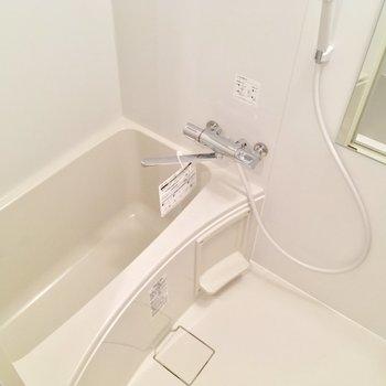 バスルームはこちら。ピカピカよん