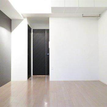正方形に近いお部屋です