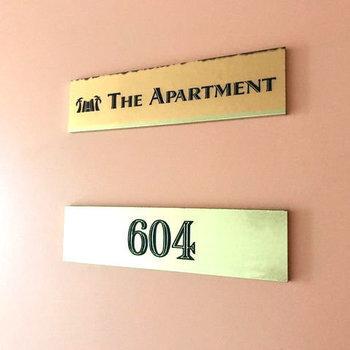 お部屋のドア。ホテルのドアそのもの!