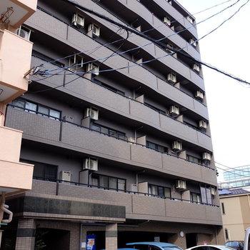 8階だけの大きなマンション