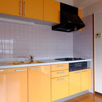 作業スペースも広々のキッチンです。