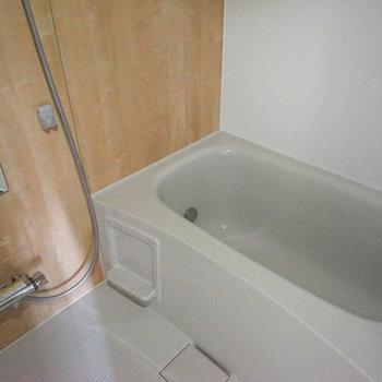 新品のお風呂は追い炊きが付いてます!