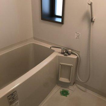 浴室に窓があるのが嬉しい!