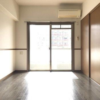 陽当りがとっても良くて心地よいお部屋です。